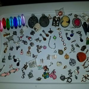 Tons of jewelery making supplies beads,pendants,wi